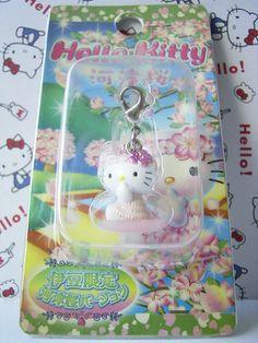 GOTOCHI HELLO KITTY Kawaii Charm Mascot Figure SAKURA IZU Japan Sanrio NEW