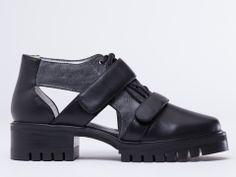 Senso Daria in Black Calf Waxed Suede at Solestruck.com
