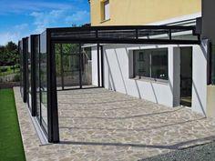 Sklenené zastrešenie terasy CORSO GLASS Celosklenené zastrešenie terasy CORSO GLASS v sebe spája moderné materiály a ľahkosť posúvania - to je revolučná novinka