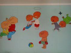 Debuxos da parede da aula de usos múltiples.