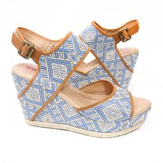 Sky's the limit. Paz in Sky Diamond available in sizes 11-15. barefoottess.com