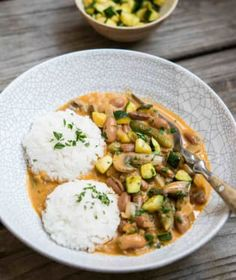 Luštěniny jsou báječná věc! Potato Salad, Curry, Potatoes, Cookies, Ethnic Recipes, Crack Crackers, Curries, Potato, Biscuits