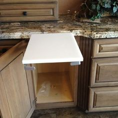 Cool Cabinet Features