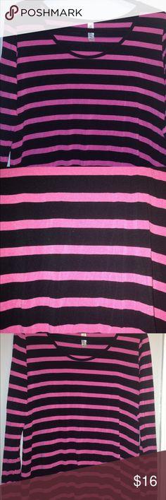 LuLaRoe Lynnae Pink and black stripes Used Good condition LuLaRoe Tops Tunics