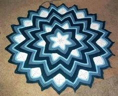Ravelry: Six-Pointed Star Afghan pattern by Sandra Jean Smith Crochet Afghans, Crochet Star Blanket, Crochet Ripple Afghan, Crochet Stars, Crochet Quilt, Crochet Round, Afghan Crochet Patterns, Crochet Home, Crochet Crafts
