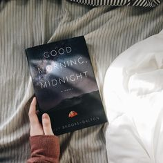 first read of 2017--Good Morning, Midnight by Lily Brooks-Dalton!! i'm only 20 pages in and i think it might be a soft sci-fi or maybe post-apocalyptic. a man stays behind at a space research facility in Antarctica when everyone else is evacuated and he finds a little girl all alone in the facility after everyone is gone. | what's your first read of the year?! 😄💙📖 | #bookstagram #read #reading #books