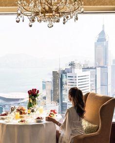 Luxury Lifestyle, Glamour & Sophistication.