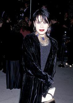 Fairuza Balk in black velvet!