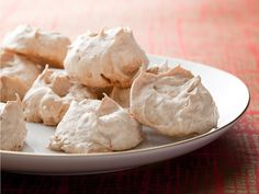 Get this all-star, easy-to-follow Meringue Cookies recipe from Anne Burrell.