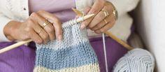 La tricot-thérapie est conseillée pour tous les groupes: grands, petits, jeunes, vieux, hommes, femmes...