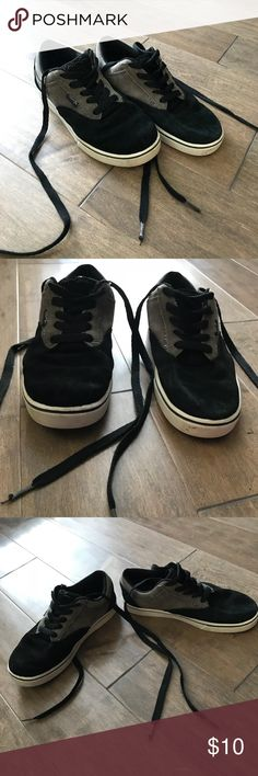 Maui and Sons Black and Grey Skate Shoes These have been worn but are in good condition. Light wearing on soles and upper is in very good condition. The laces show the most wear on the tabs (pictured). Comfy and cool Skate Shoes! Shoes Sneakers