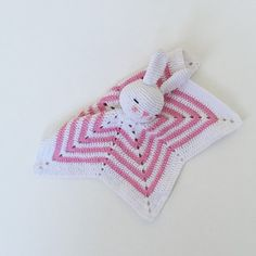 Lovingly crafted, I can produce a security blanket sleeping bunnies also according to your wishes. ***  I use high-quality wool with 100% cotton.