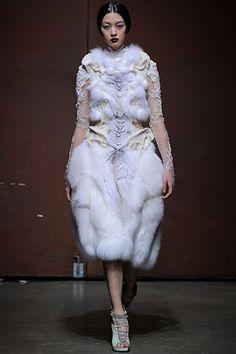 YIQING YIN | SHOWS | high fashion
