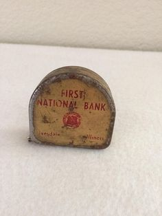 Vintage Souvenir Tape Measure First National Bank Illinois