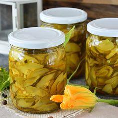 RACUSZKI Z JABŁKAMI - na kefirze, wypróbowany przepis   MOJA KSIĄŻKA KUCHARSKA Pickles, Cucumber, Mason Jars, Food, Essen, Mason Jar, Meals, Pickle, Yemek