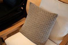 Ululai - Sulo pillowcase, 100 % lamb wool www.ululai.fi