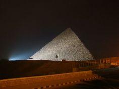 Le Piramidi di Giza, Escursioni del Cairo http://www.italiano.maydoumtravel.com/Offerte-viaggi-Egitto/4/1/22