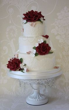 Burgundy wedding cake idea #laceweddingcakes #BurgundyWeddingIdeas