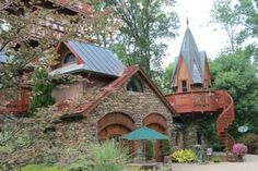 An Unexpected Romantic Destination in Ohio by @Tonya Prater (The Traveling Praters)