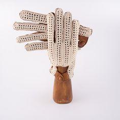 Capri Gloves 100% handmade. For a sophisticated gift.