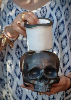 Two part self-watering pot What is a self-watering pot? It's a pot or planter with a built-in water reservoir included in its design, that will keep your plant soil moist consistently. Skull Planter, Self Watering Pots, Planters, Image, Plant, Window Boxes, Pot Holders, Flower Planters, Pots