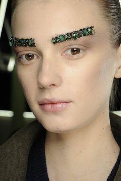 glitter brows, Chanel, AW13 - beauty inspiration for GLOWLIKEAMOFO.com