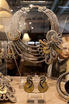 Dori Csengeri necklace and earrings   www.aibijoux.com  #doricsengeri #fashionjewelry #HOMI15 #HomiMilano #AIBIJOUX