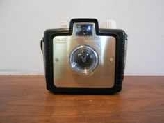 Very cool old school camera!