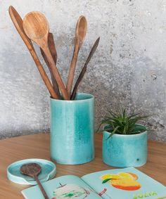 Utilitários de cozinha feitos de cerâmica são um belo complemento na decoração - matéria em parceria com boobam.com.br