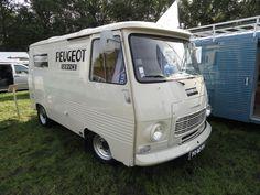 peugeot 1659 2322 cars buses trucks and vans. Black Bedroom Furniture Sets. Home Design Ideas