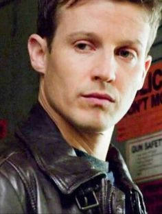 Will Estes as Jamie Reagan Blue Bloods Jamie, Blue Bloods Tv Show, Jamie Reagan, Tom Selleck, Talent Show, Love Blue, Photo Tutorial, Good Looking Men, Personal Photo