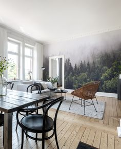 A captivating forest wall mural perfect for the bedroom, hotel room, living room or the kids' room. Any room in fact, as this versatile design works j Green Dining Room, Elegant Dining Room, Living Room Green, Dining Room Walls, Dining Room Wallpaper, Wall Wallpaper, Wallpaper Ideas, Ton Chair, Forest Hotel