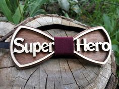 30 Super Ideas diy art for men bow ties Diy Gifts For Mothers, Mother Gifts, Bowtie And Suspenders, Bowtie Mens, Wooden Bow Tie, Boys Bow Ties, Diy Ribbon, Wedding Men, Handbag Accessories