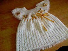 Beyaz örgü kız çocuk elbise