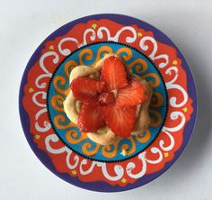 -Fatta da me: Crostatina alla crema con fragole!🍓- Perfetta per i pomeriggi in compagnia e semplice da realizzare. Da provare assolutamente :)