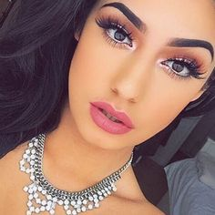 "Huda Kattan on Instagram: ""OMG!!! This girl is so gorgeous ❤️❤️❤️ @sincerely_mels @shophudabeauty lashes in Scarlett"""