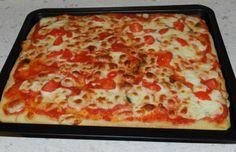 Ecco un nuovo modo di fare la pizza in casa, con stesura direttamente in teglia!!