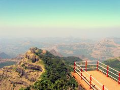 Hill station of Panchgani is located at a height of 1305 m above sea level. The picturesque hill station is ensconced by five hills. These five hills are those of the Sahadris and Gan. Mababaleshwar is 18 km from here. The place enjoys beautiful weather.