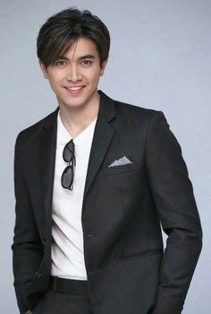 Cute Love Couple, Dream Boy, Heechul, Asian Actors, Thailand, Beautiful Pictures, Suit Jacket, Handsome, Bts