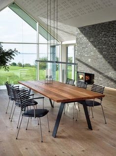 Naver Collection GM 3200 Plank Table Walnut | nordicurban.com