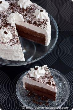 Food Cakes, Cupcake Cakes, Vegan Kitchen, Edith's Kitchen, Cake Recipes, Dessert Recipes, Romanian Food, Romanian Recipes, Vegan Challenge