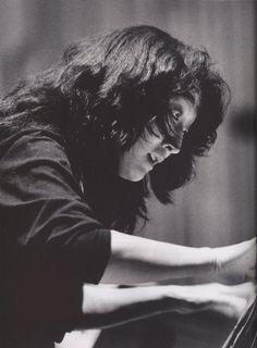 japanese-british classical pianist Mitsuko Uchida