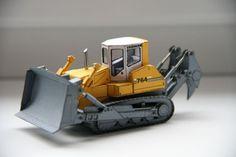 Liebherr PR764 Crawler Tractor Free Construction Vehicle Paper Model Download