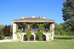 5 bedroom farmhouse for sale with hectares of land, Nerac, Lot-et-Garonne , Aquitaine - Luxury Property For Sale, Commercial Property For Sale, Aquitaine, Global Real Estate, Basement House, Character Home, Billiard Room, Modern Staircase, French Countryside