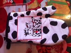 Oooh, a gift for my sister???? <3 i know, i promised no more cows....MELISSA