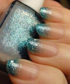 DIY – 3 Easy Glitter Nail Arts