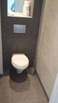 toilet met beton-cire wanden