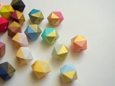 Hexagon Beads Hand painted Wood Beads, Geometric Natural Wood Beads,Choose your color, Do it Yourself Geometric necklace Beaded Napkin Rings, Wooden Keychain, Diy Jewelry Supplies, Diy Crafts For Gifts, Jewellery Making Materials, Wood Necklace, Camping Crafts, Wooden Beads, Bead Crafts