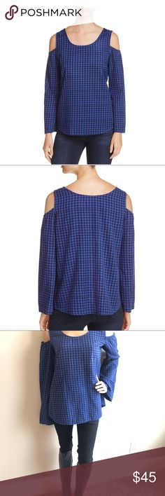 Side Stitch Gingham Cold Shoulder Top Side Stitch Los Angeles (Bloomingdale's)  Gingham Cold Shoulder Top squares off with two trend-right elements to create this staple-status top: classic gingham and alluring cold shoulders. •Fits true to size •Scoop neck, cold-shoulder cutouts, long bell sleeves •Light fading, pullover style •100% Cotton •Made in the USA Excellent Condition Side Stitch Tops Blouses