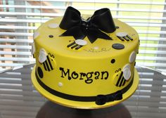 images of bees on cakes   Bumble Bee Cake and Smash Cupcake